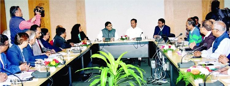 Baghel reviews work of Tourism Deptt