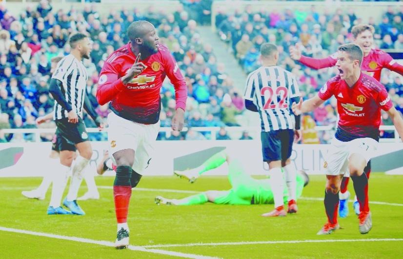 Lukaku roars back to form