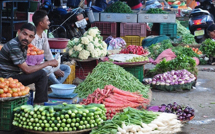 Vegetable prices shoot up by 25% after rainfall