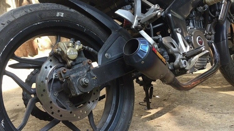 Craze of modifying silencers in bikes to deafening levels on rise
