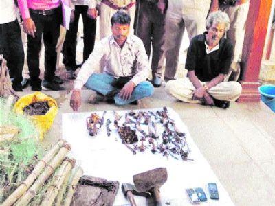 2 leopard poachers arrested from Mandleshwar village