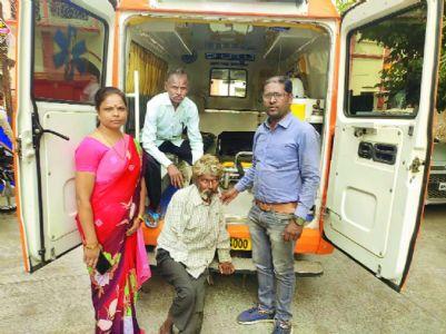 Social Welfare Deptt reunites beggar with family