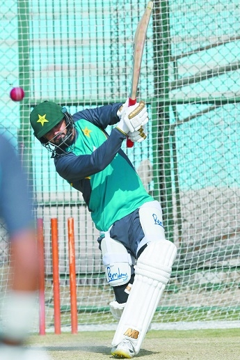 Azhar seeks home win afte