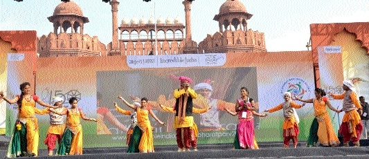 CG artists enthrall during 'Bharat Parv'