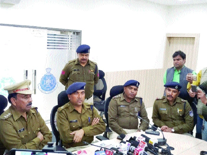 Three minors among 5 held for killing youth in Aishbagh