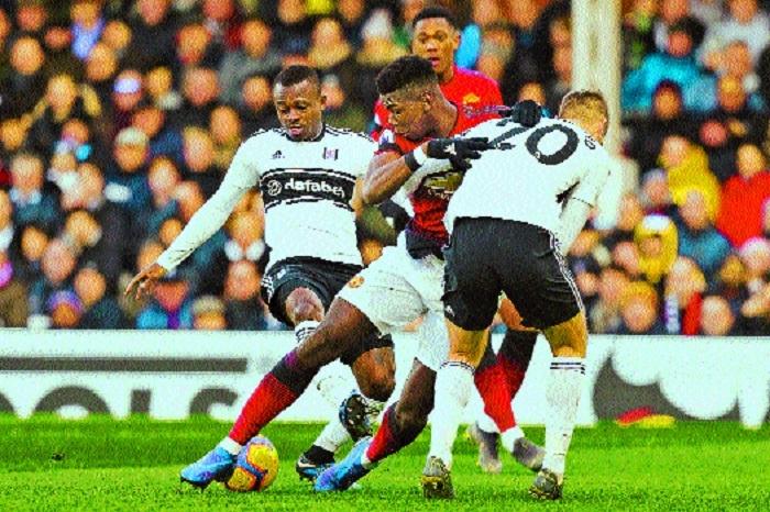 Pogba, Martial keep Man Utd ahead