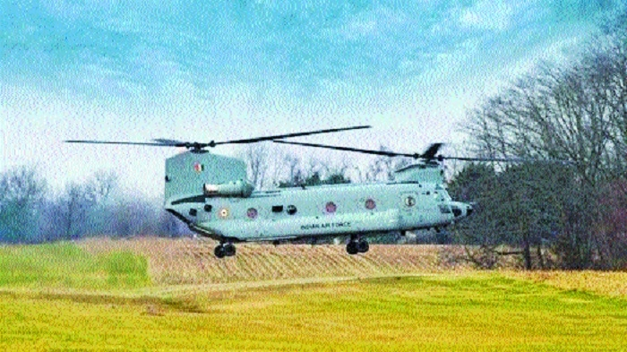 Boeing delivers first 4 Chinook helicopters