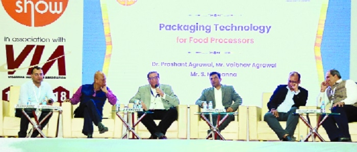 Packaging acts as salesman to attract customers: Khanna