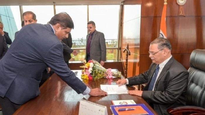 Shukla takes charge as CBI chief