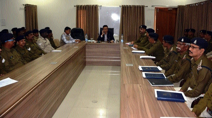 IGP chairs meeting of Guard and Company Commanders