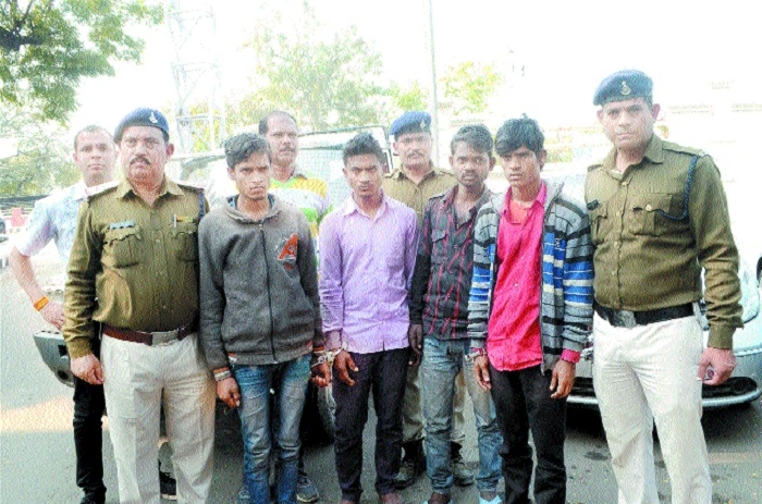 15 vehicles worth Rs 13 lakh seized from 6 lifters