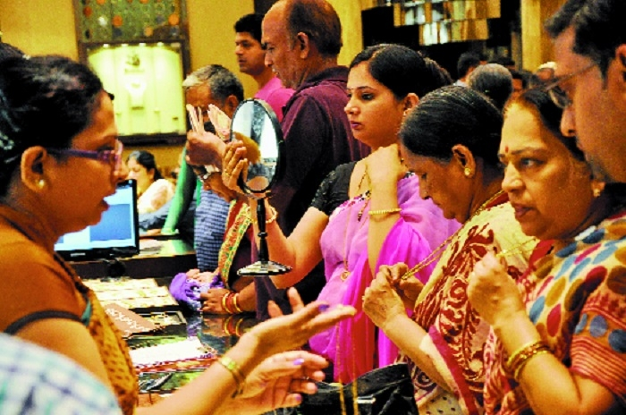 'Gold price likely to touch Rs 36,000 mark very soon'