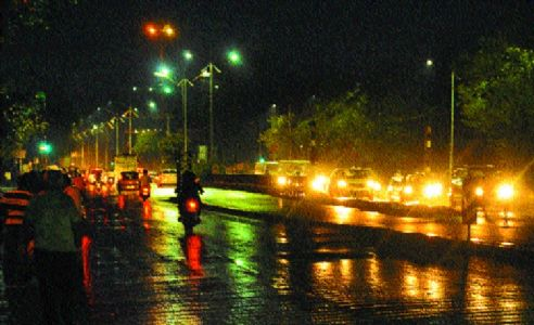 Mild showers in city; more drizzles likely today