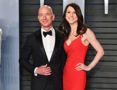 World's richest man Bezos retains 75% of Amazon's stock share in divorce settlement