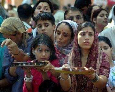 Kashmiri Pandits plan struggle for restoration of identity