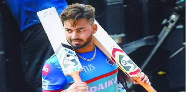 Pant flown in as cover for Dhawan
