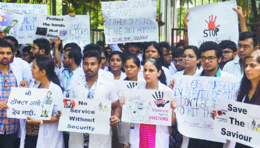 West Bengal doctors opt for mass resignation