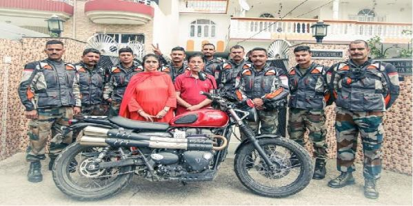Army expedition reaches Capt Vikram Batra's hometown in HP