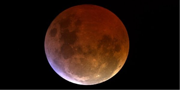 3-hr partial lunar eclipse after today midnight