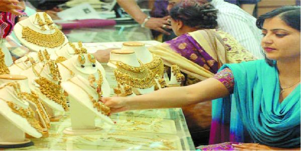 Gems & jewellery exports plunge 16.3 per cent in June to $2.8 bn