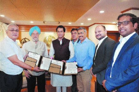 MoU signed for Bhopal and Indore Metro Rail projects