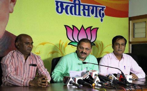 Santosh Pandey accuses Govt of violating democratic values