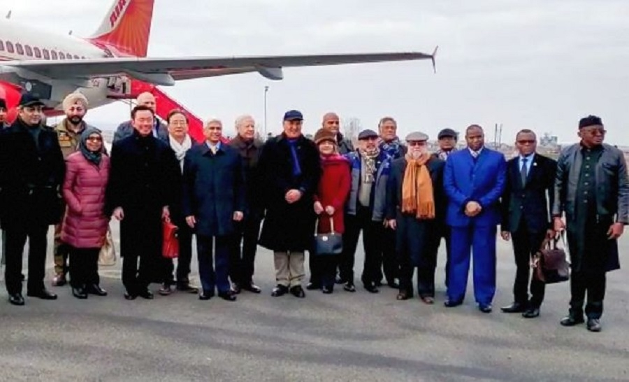 Envoys of 16 nations visi