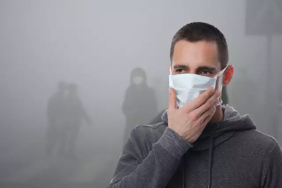 Living in a Gas Chamber_1