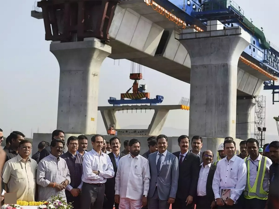 Uddhav Thackeray launches