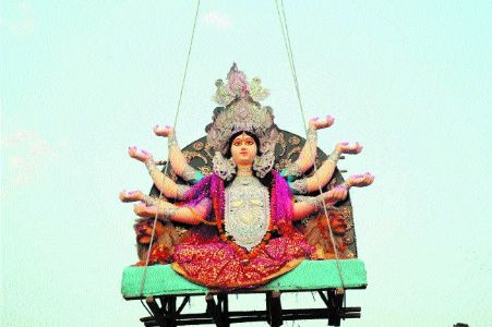 Immersion of Durga idols passes off smoothly