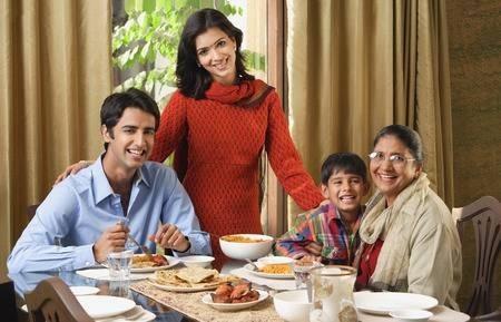 family dinner_1&nbs