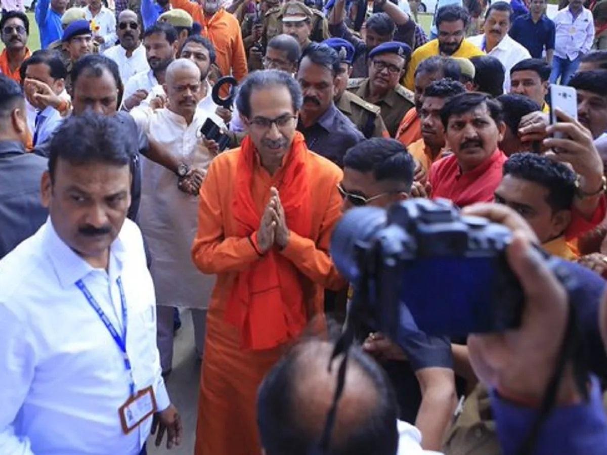 Uddhav announces Rs 1 cro