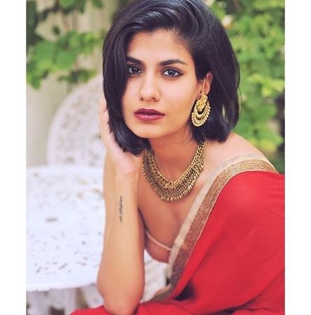 Shreya Dhanwanthary _1&nb