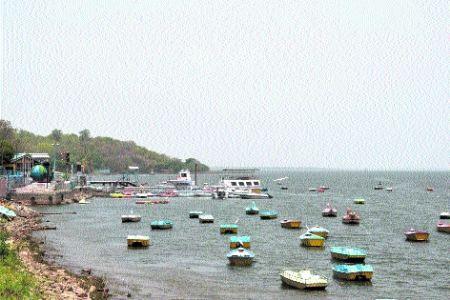 Boatmen community face huge losses amid lockdown in Bhopal
