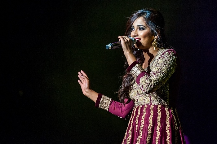 Shreya Ghoshal_1&nb