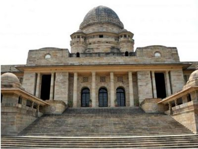 Illegal detention of trader: HC issues notice to Gadchiroli police