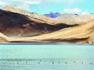Indian, Chinese commanders hold talks on disengagement in Ladakh