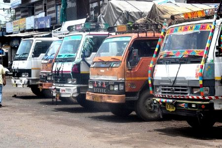 Trade closed as transporters' strike continues