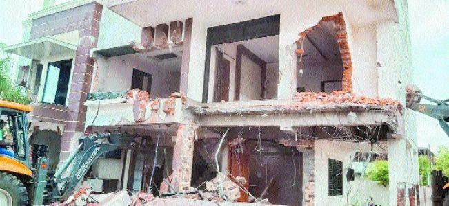 NMC demolishes 3-storey house of Sahil Sayyed
