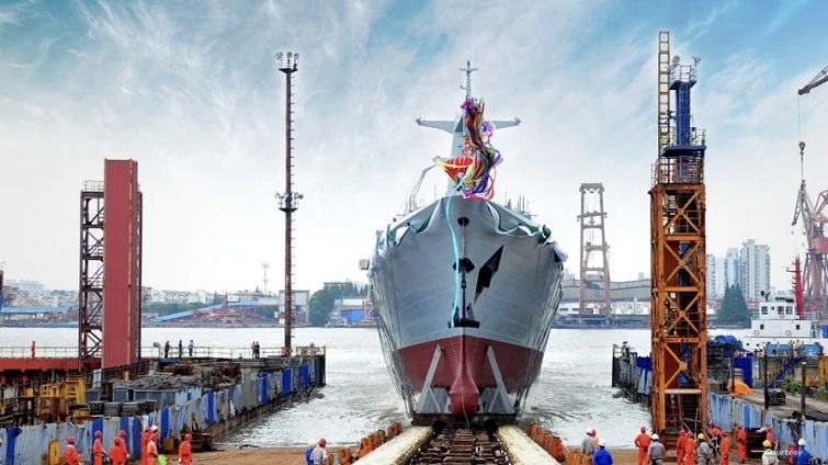 China launches  warship_1