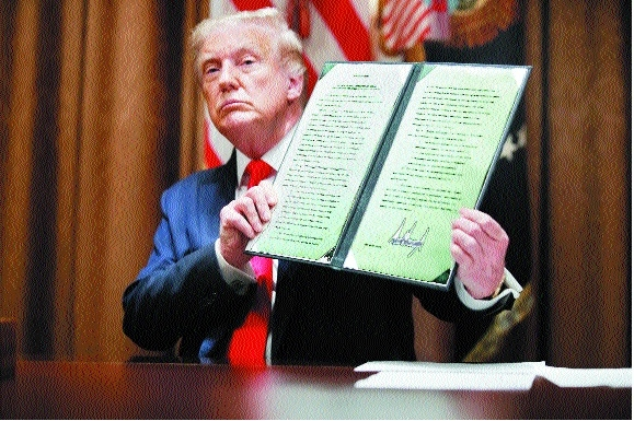 Trump signs order to ban