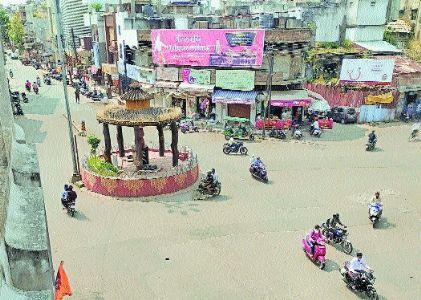 Lukewarm response to 'Janata Curfew' on Day 1
