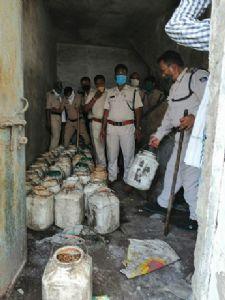 Illegal kiln of country liquor raided