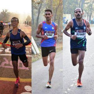 Hyd's Thapa, UP's Reenu register win