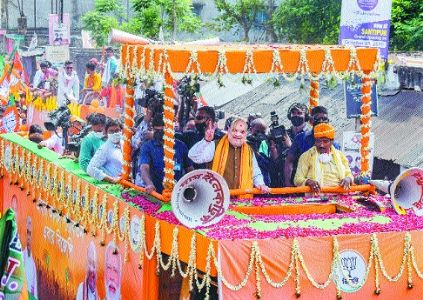 Didi's advice to gherao Central forces instigated people to attack CISF in Sitalkuchi, says Shah