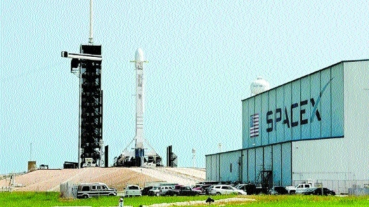 SpaceX rocket_1&nbs
