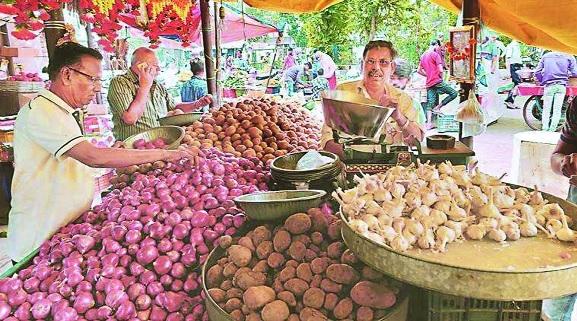 Potato onion prices movin