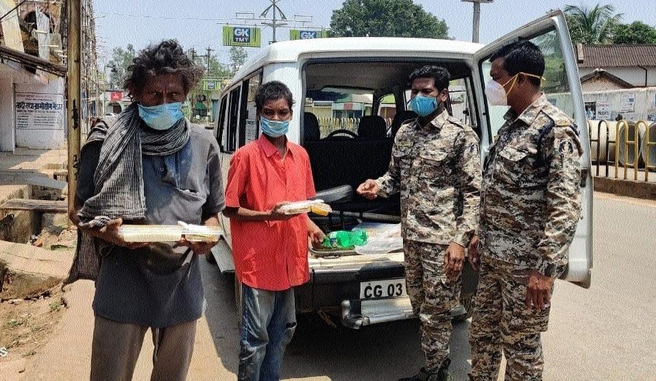Kind gesture of police_1&