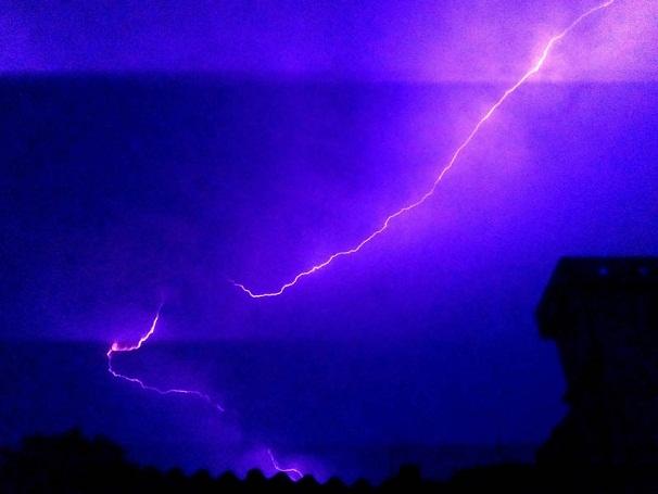 lightning strikes _1