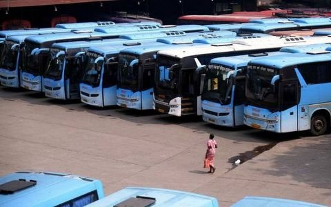 Electric busses, 150 charging stations in city by 2025